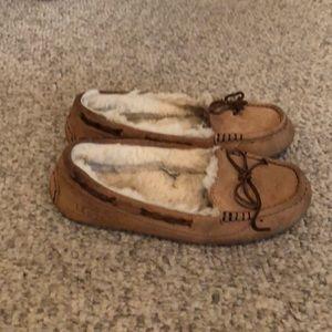Ugg Tan chestnut Tate sheepskin slipper shoes sz 8